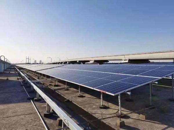 上海地铁7.4MWp分布式光伏发电项目成功并网
