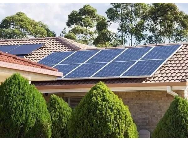 老乡,这样安装光伏发电,可以赚更多的钱来养老!
