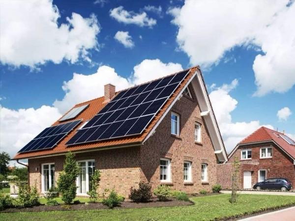 太阳能光伏逆变器日常应该怎么维护?