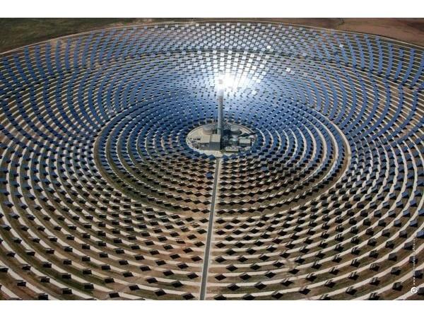 中国光伏发电在建核电装机容量位居世界第一