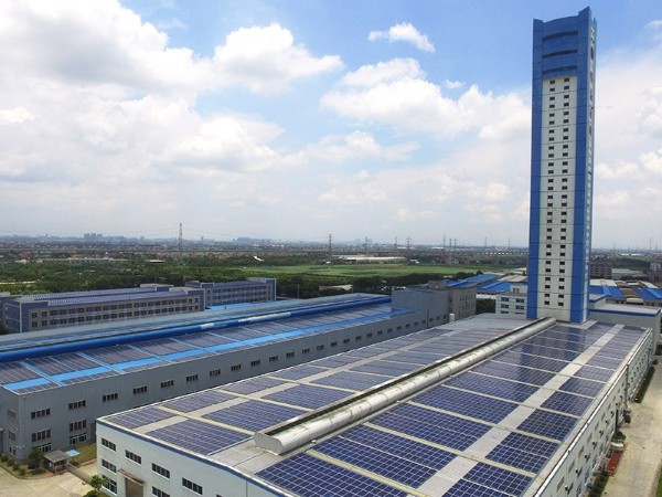 光伏电站促黄河上游高质量发展