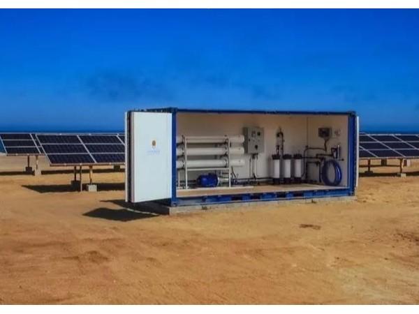 太阳能企业推出太阳能发电海水淡化系统