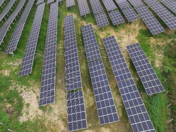 阴天也可以发电的太阳能板,你见过吗?