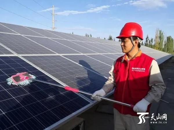 新疆首个屋顶分布式光伏电站并网!
