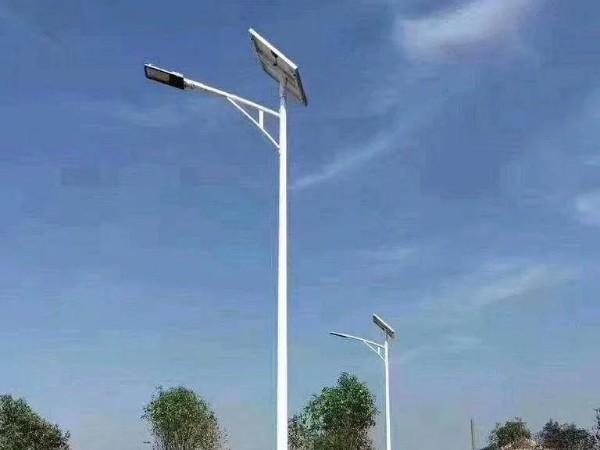 太阳能灯安装简单不乱