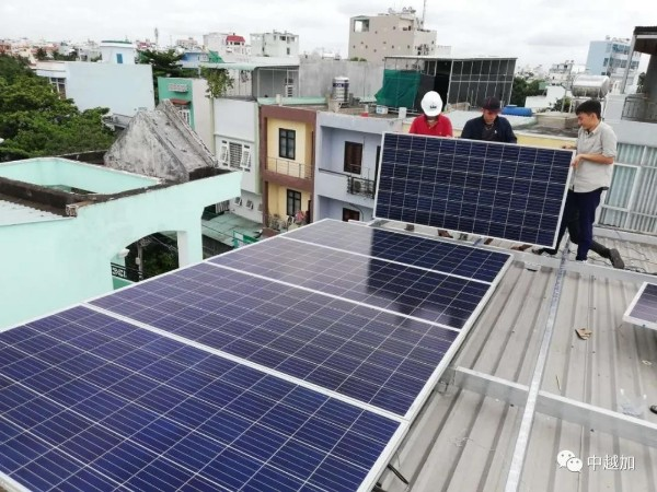 星火太阳能发电设备如何定期维护检修?