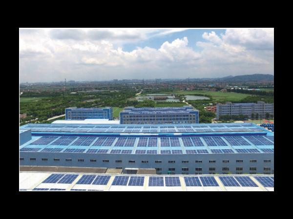 十八年,是因为什么让我们坚持发展太阳能?