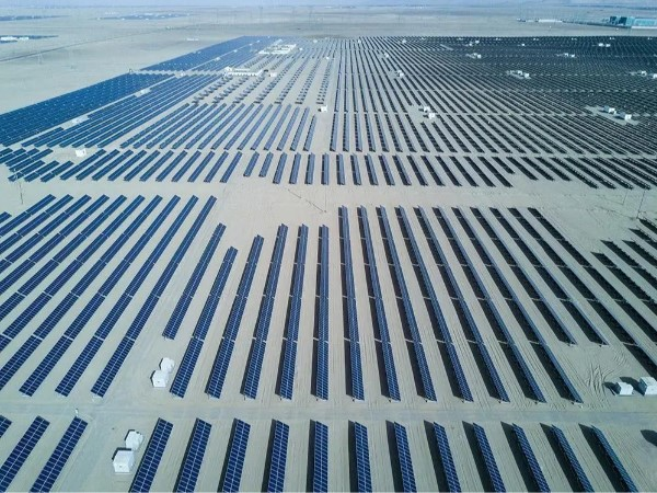 太阳能光伏市场又火了,格力TCL创维们纷纷加码在抢什么?