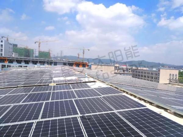 安装家用太阳能板发电系统设备5000瓦多少钱?
