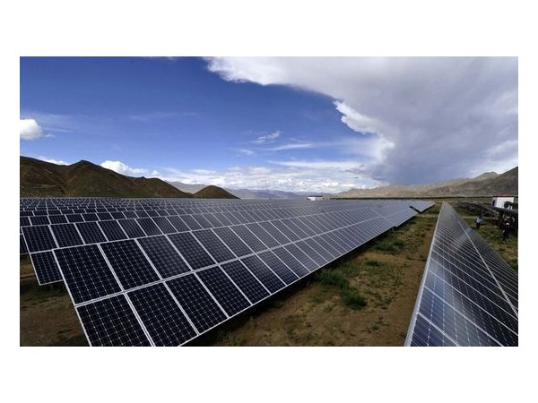 国家能源局:上半年光伏发电利用率达到97.9%,同比上升0.3个百分点