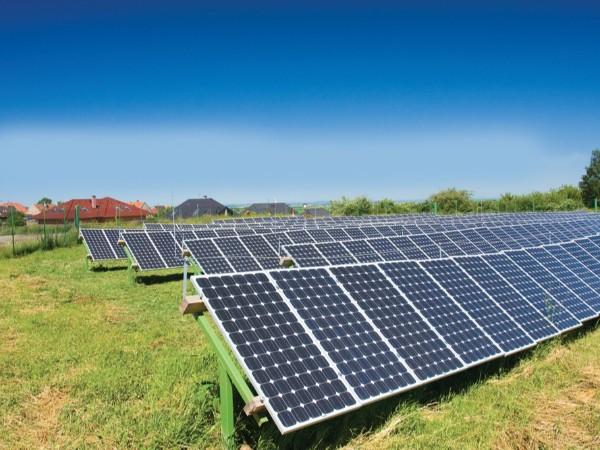 一块光伏电池板一年到底能发多少度电?