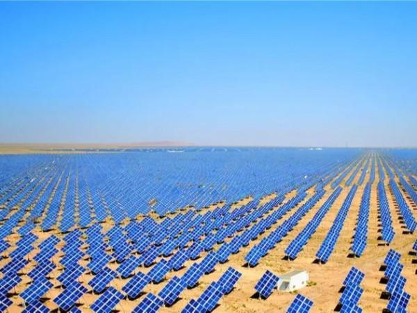 国家为什么这么看重光伏发电?