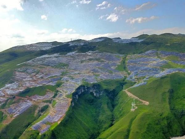 """""""拍了拍""""你!快来瞧瞧南方电网网区最大的单体光伏发电站--星火"""