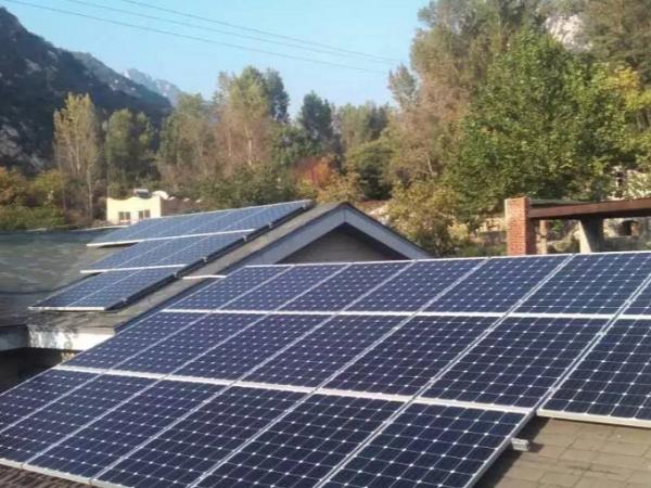 推进整县屋顶光伏开发,建设新型农村电网